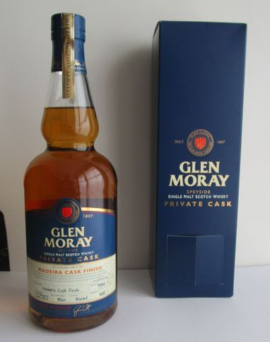 glen_moray_12_yo_2004_madeira_finish_46_red