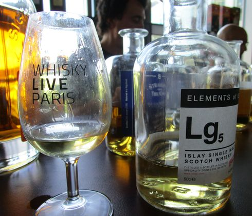 lagavulin_lg5_elements_of_islay_cs_54.8_red