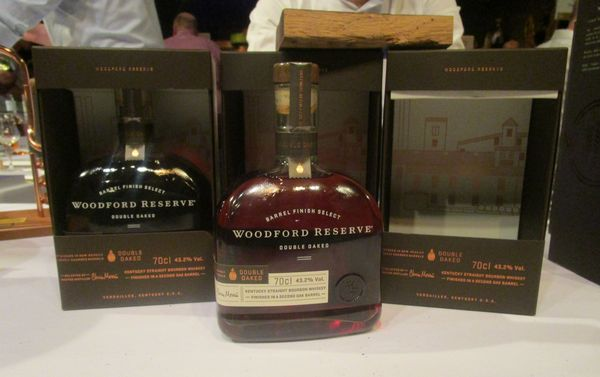 woodford_reserve_double_oaked_2017_repack2